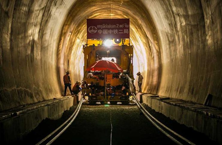 Track Laid in Tunnel along Laos-China Railway for First Time (Photo: http://www.news.cn/)