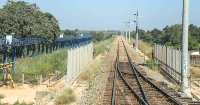 Laos-China Railway Faces Challenges