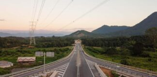 Vang Vieng Expressway Contractor Clarifies Delay (Photo: Lao X)