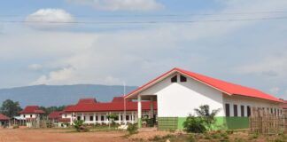 Housing for Attapeu flood victms 60 percent complete