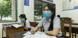 Laos to Vaccinate Final Year Secondary School Students